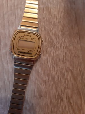 Casio Analog Watch gold-colored