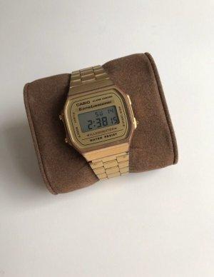 Casio Uhr in Gold
