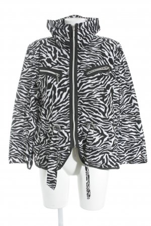 Cassani Übergangsjacke schwarz-weiß Animalmuster Street-Fashion-Look