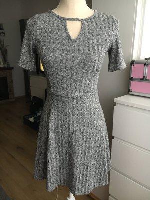 H&M Divided Robe à manches courtes gris anthracite-gris foncé polyester