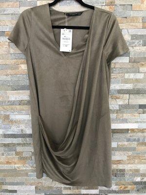 Casual Kleid von Zara in Velourslook xs neu!