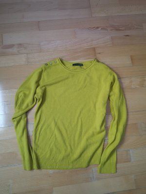 casual pullover in modernem senfgelb