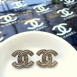 Chanel Orecchino a vite argento-oro Metallo