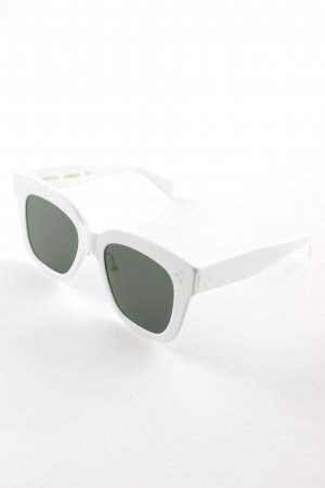 Celine Angular Shaped Sunglasses white-forest green beach look
