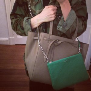 Celine Shopper Cabas Bag Tote in Khaki Celine Paris Tasche Phantom Cabas Shopper