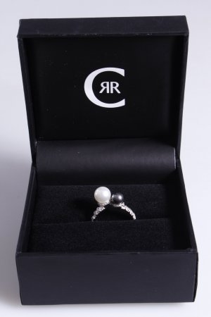 Cerruti Ring mit zwei Perlen grau weiß 58