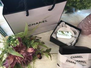 Chanel Porte-clés gris vert-gris clair métal