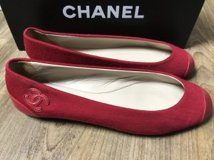 Chanel Ballerines rouge framboise cuir
