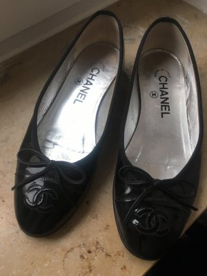 Chanel Patent Leather Ballerinas black
