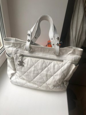 Chanel Shopper wit