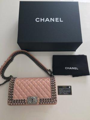 Chanel Boy Bag neu mit Karton Rechnung Zertifikat und Staubbeutel