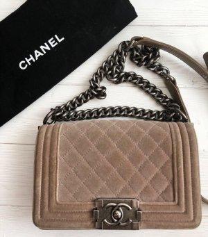 Chanel boy mini