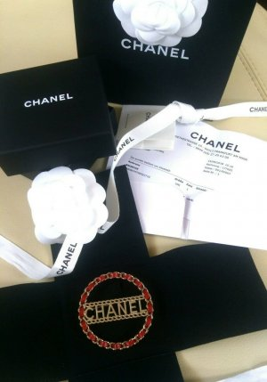 Chanel Brooch gold-colored-red mixture fibre