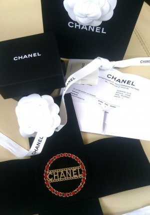 Chanel Brooch gold-colored-dark red