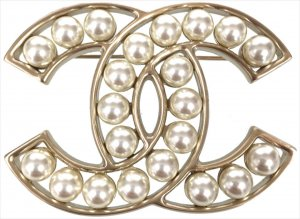 Chanel Brooch cream-gold-colored metal