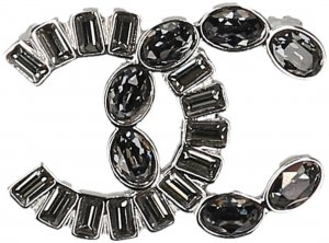 Chanel Broche color plata-gris oscuro