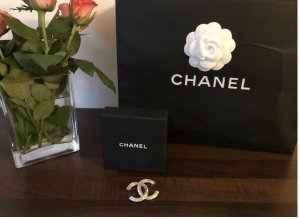Chanel Broche argenté