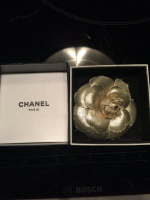 Chanel Brosche Kamelie