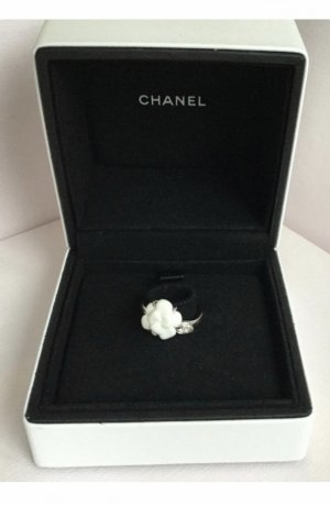 Chanel Camelia Ring Weissgold mit Brillianten