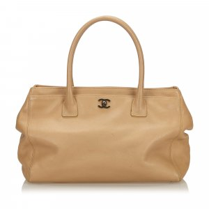 Chanel Caviar Leather Cerf Tote