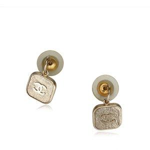 Chanel Boucle d'oreille doré métal