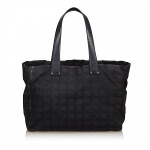 Chanel Chanel New Travel Tote MM Black