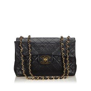 Chanel Classic Maxi Lambskin Leather Single Flap