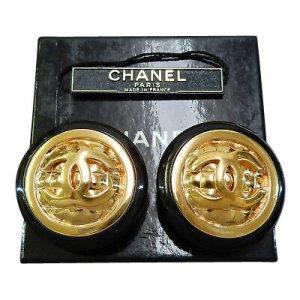 Chanel Pendant d'oreille doré matériel synthétique