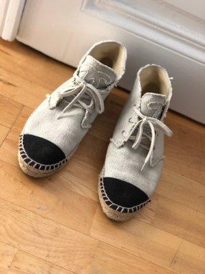 Chanel Zapatos blanco-negro