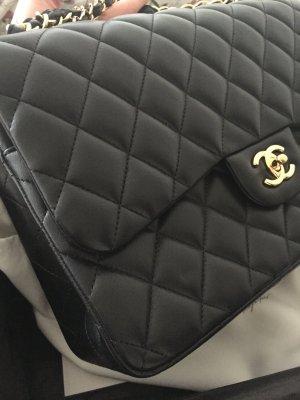 Chanel flap bag CF Jumbo