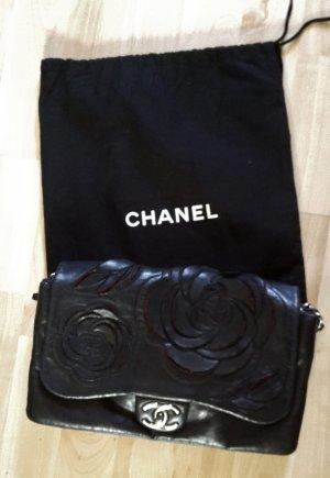 Chanel Flapbag schwarz mit Camelia selten