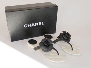 Chanel Flip Flops Zehentrenner Sandalen BOX Staubbeutel Weiß 37 38