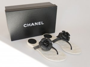 Chanel Flip-Flop Sandals white-black synthetic material