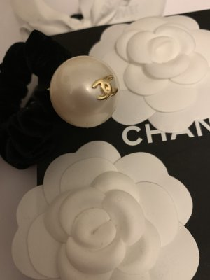 Chanel Hair Accessory black-natural white