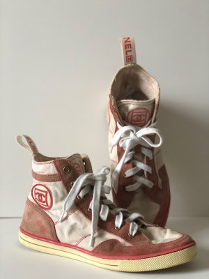 Chanel Lace-Up Sneaker pink synthetic