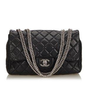 Chanel Jumbo Classic Leather Flap Bag