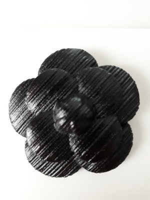 Chanel Broche noir