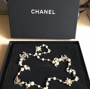 Chanel Collier de perles beige clair-doré