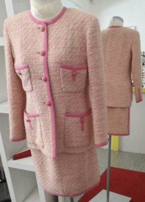 Chanel Kostüm Boucle creme / rosa Gr. 38