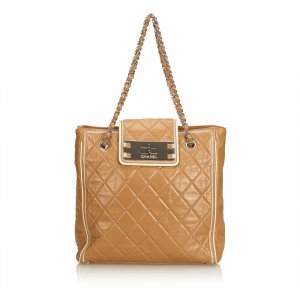 Chanel Matelasse Calf Chain Shoulder Bag