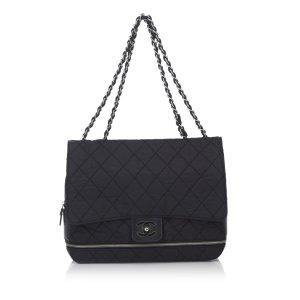 Chanel Sac porté épaule noir nylon