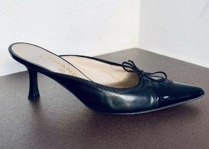 CHANEL Mules Klassiker schwarz Leder/Lackleder Gr. 39