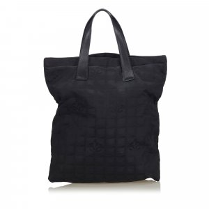 Chanel Tote black