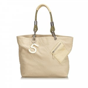 Chanel Borsa larga beige