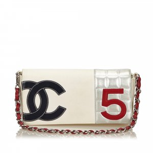 Chanel Schoudertas wit