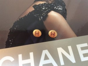 #chanel#ohrclips#original signiert mit chanel kamelie