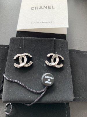 Chanel Ear stud dark grey-silver-colored