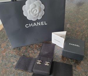 Chanel Clou d'oreille argenté-gris argent