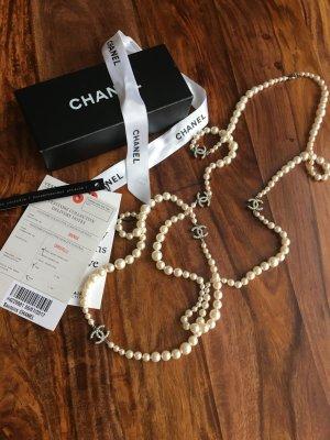 Chanel Perlen Kette fast NEU