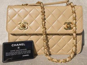 Chanel Pochette, Handtasche,